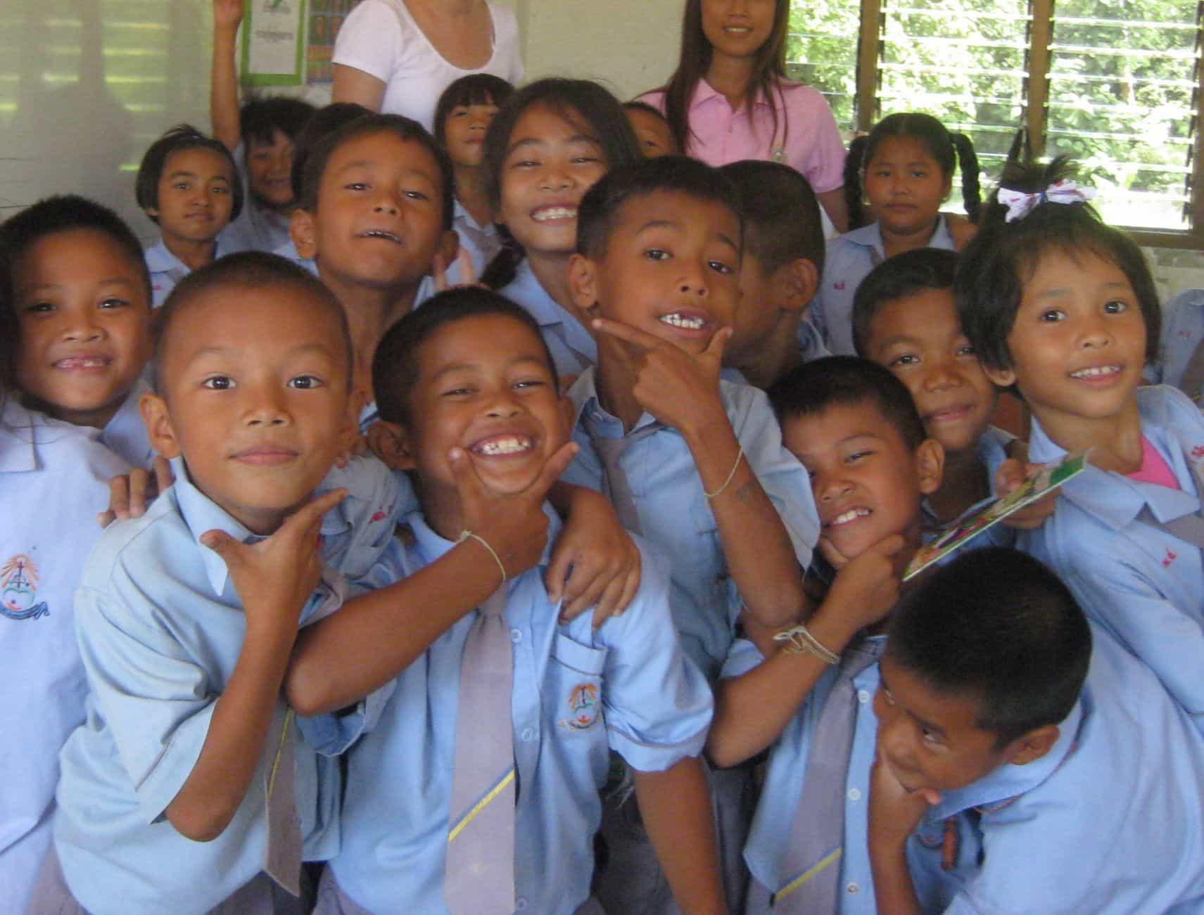 Volunteer Work Can Help You Become a Better Teacher